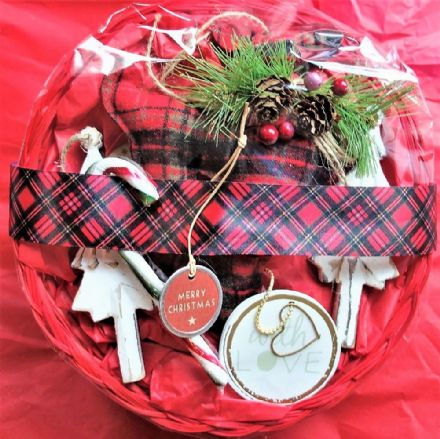50% off Tartan reindeer and hanging decs